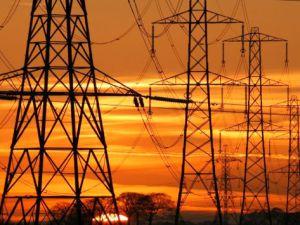 Yeşilhisar'da Elektrik Hattı Çekmek İsterken Canından Oldu