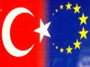Vizesiz Avrupa imzaları atılıyor...!