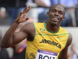 Usain Bolt otobüsle yarıştı