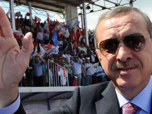 Kayseri belediye başkanım sucuk dağıttı  - VİDEO
