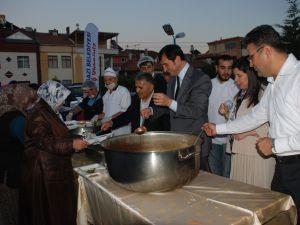 """MAHALLEM DE İFTAR VAR"" DANIŞMENTGAZİ MAHALLESİNDE"