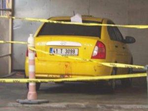 Gebze'de Taksi şoförü arabasının bagajında ölü bulundu