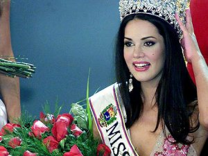 Venezuela güzeli öldürüldü!