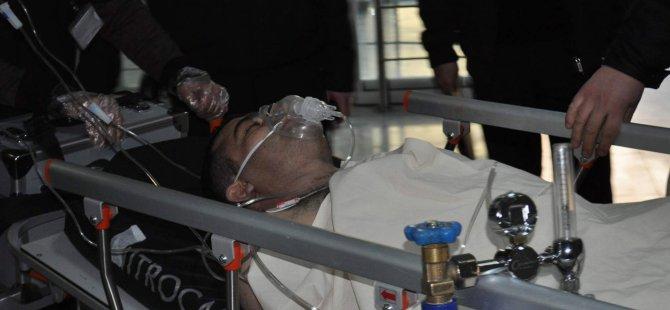 Kayseri'de yüksek sesle müzik dinlerken bıçaklandı