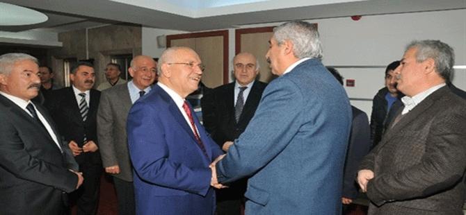 Kayserililerden Fethi Yaşar'a Övgü
