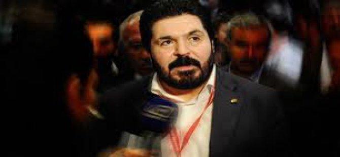 Gezi Olaylarında CHP'li Takım elbiseli adam kim