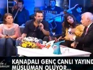 Nihat Hatipoğlu canlı yayında Müslüman yaptı - VİDEO