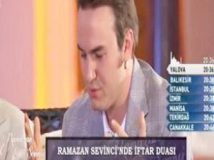 Mustafa Ceceli'den canlı yayında iftar duası - VİDEO