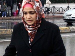 Kayserili Genç kadın 3 kişi tarafından soyuldu