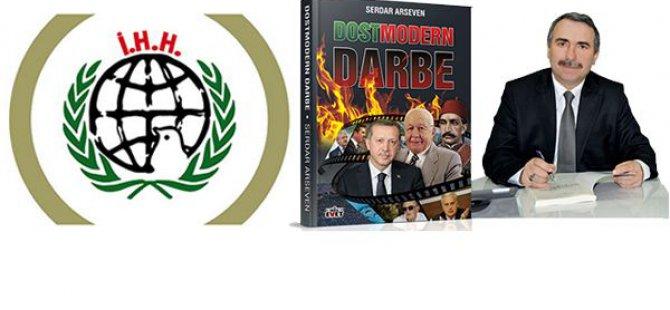 Serdar Arseven Dostmodern Darbe kitabının gelirini İHH'ya bağışlıyor