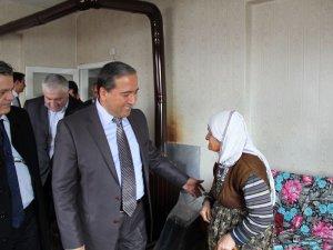 Kocasinan Kaymakamı CANDAN Yaşlı Vatandaşları ziyaret etti