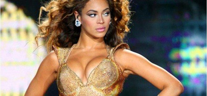 Üniversiteye Beyonce dersi konuyor