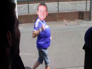 Patlayan video! Koşan adam Wayne Rooney