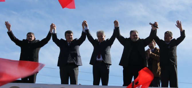 CHP İKİNCİ MİTİNGİNİ B.TUZHİSAR DA YAPTI