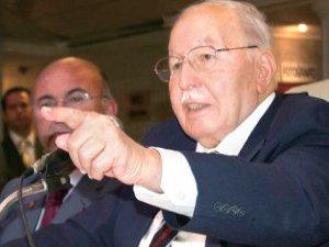 Prof. Dr. Necmettin Erbakan'ın geride bıraktığı notlardan