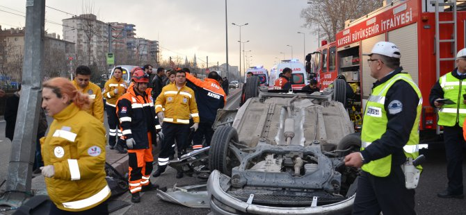 Kayseri'de DSİ önünde takla atan otomobil 1 ölü 1 yaralı