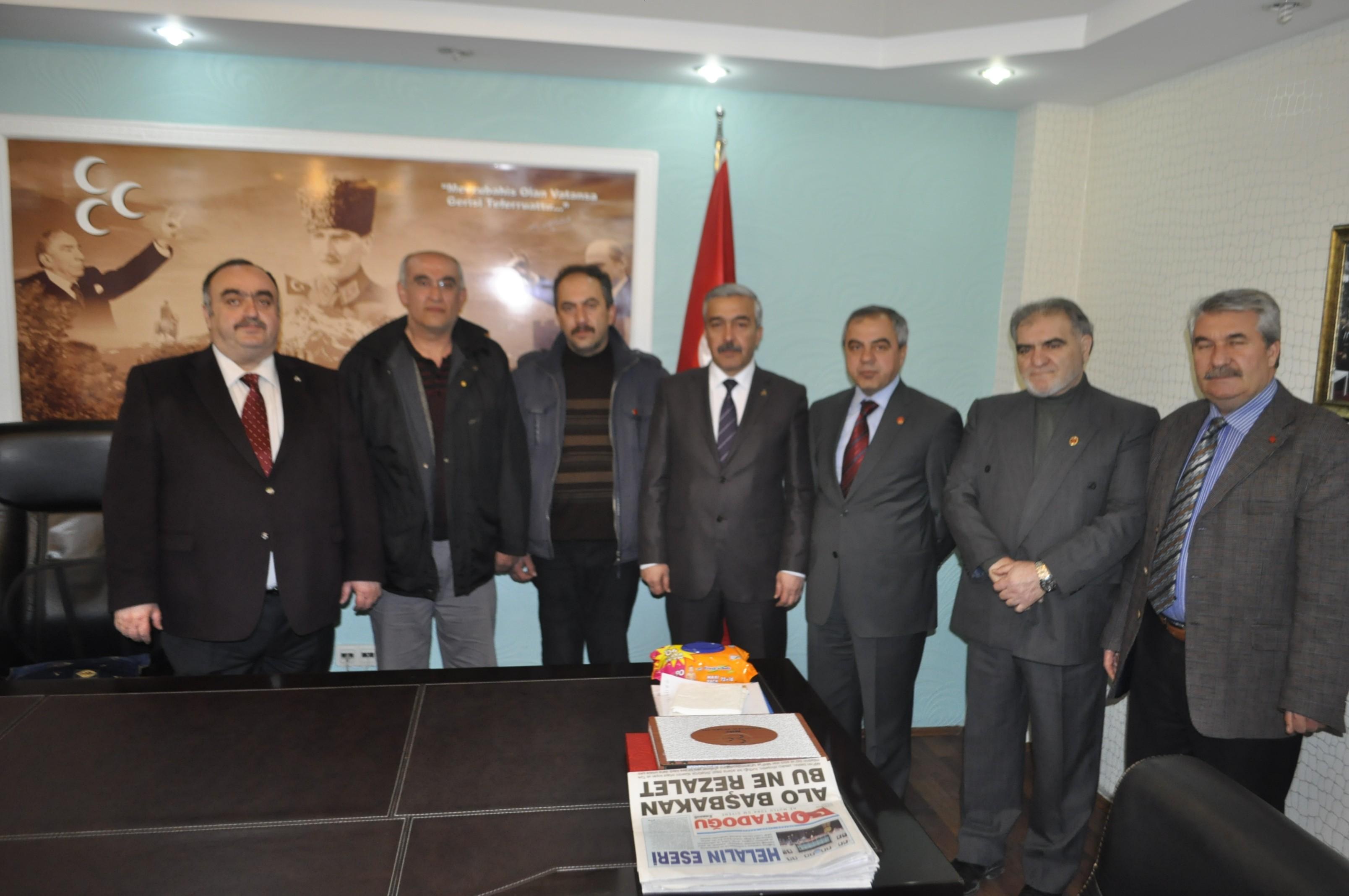 KAYSERİ'DE ŞOK İSTİFA, AK PARTİ'DEN MHP'YE GEÇTİ