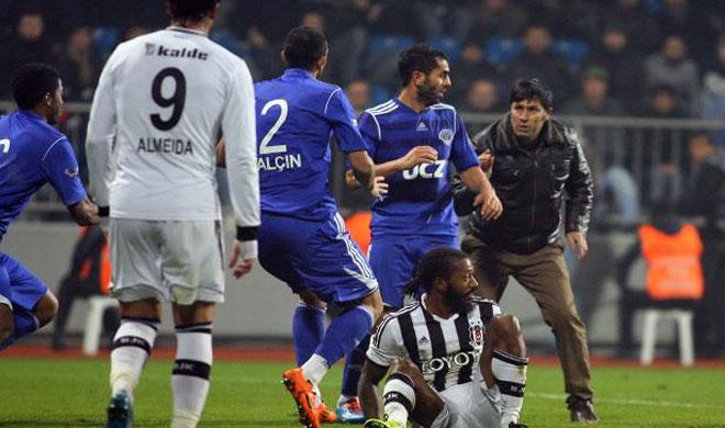Kasımpaşa - Beşiktaş maçı , bugün yeniden sahne alıyor !
