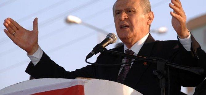 Bahçeli: Başbakan'a Bize Alo'de Yeter