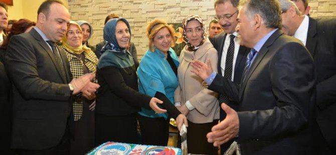 Melikgazi'den övgüyle söz eden Başkan Özhaseki: