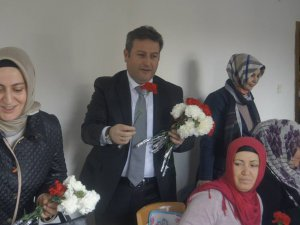 Palancıoğlu Talas Nevin Akyurt Kültür Merkezi'ni ziyaret etti