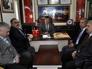 MHP'DEN ŞEHİT AİLELERİ GAZİLER DUL VE YETİMLERİ DERNEĞİNE ZİYARET