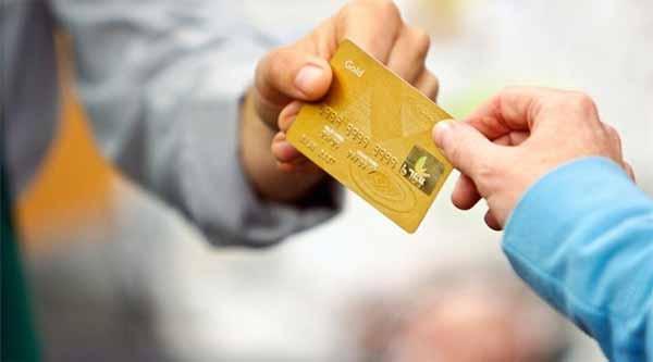 Kayserilinin zekası: Kredi kartı yerine hediye çeki