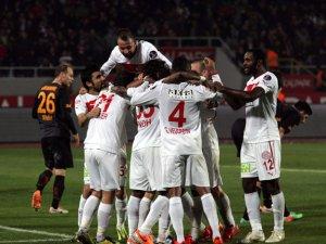 Galatasaray'a büyük darbe