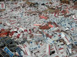 Kayseri'de 33 bin 598 paket kaçak sigara