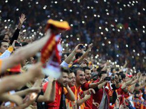 Galatasaray'dan İzmir vurgunu!