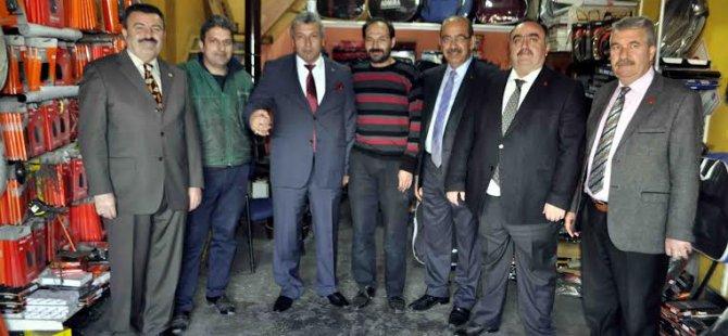 Eke ve Belediye Başkan Adayları Yeni Sanayi Esnafını ziyaret etti
