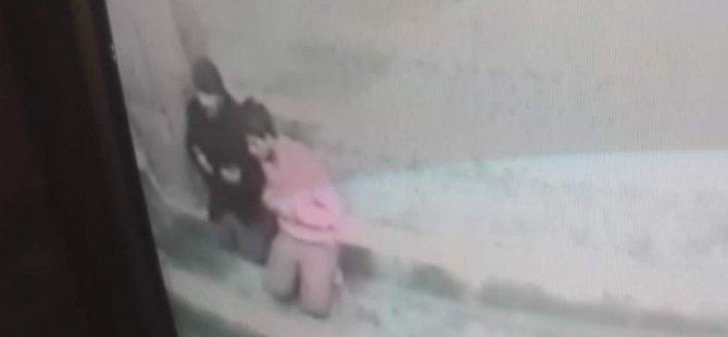 Kayseri'de Hızır dolandırıcı kameraya yakalandı