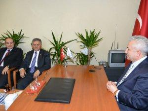 Başkan Büyükkılıç,Sivil Toplum Örgütlerini ziyaret etmeye devam ediyor