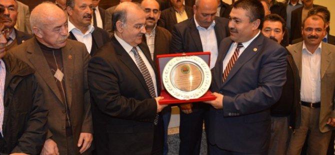 Kocasinan Ziraat Odası Başkanı Abdulkadir Güneş,Başkan Bekir Yıldız'ı Ziyaret etti