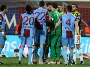 Olaylı maç Trabzon'da istifa getirdi!