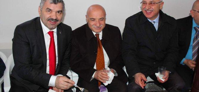 Mustafa Çelik,Kocasinan'a bağlanacak köy,belde ve mahalleleri gezdi