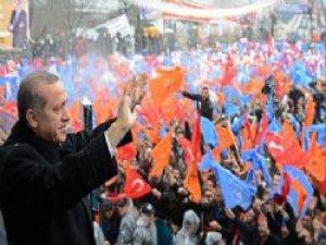 Erdoğan 'Ya Menderes'i şehit edenlere oy vereceksiniz yada demokrasiye'