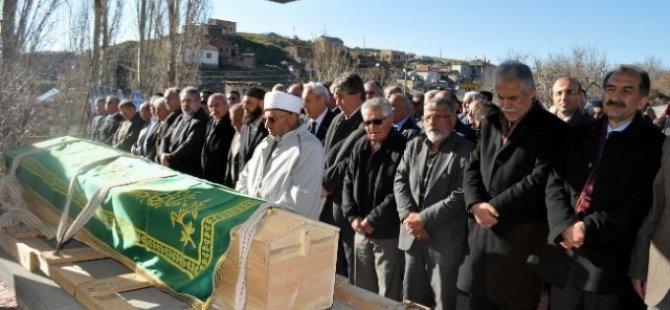 CHP Kocasinan Belediye Başkan Adayı Mustafa Yıldız'ın Babası Defnedildi