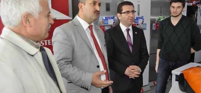 Saadet Partisi Sivas Caddesi esnafını ziyaret etti