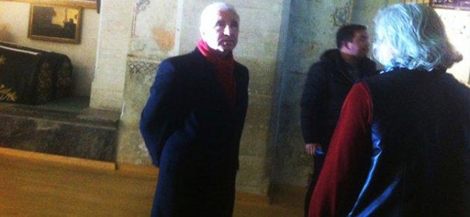 Galatasaray'ın  Başkanı  Aysal'a yumruklu saldırı!
