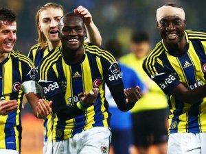 Fenerbahçe'de imzalar