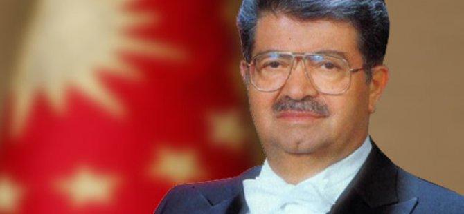 KAYSERİ LİSESİ MÜDÜRÜ TURGUT ÖZAL'A SANKİ OKUYUP DA CUMHURBAŞKANI MI OLACAK