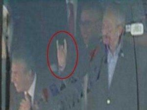 Başbakan Erdoğan: Bozkurt işareti hafızalardan silinmez