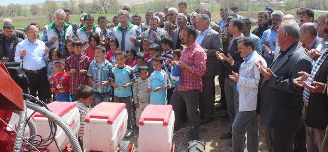 Pancar ekimi Pınarbaşı'nda şenlik havasında geçti