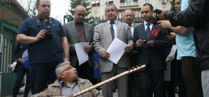 Başkan Sinan Burhan Ve Yerel gazetecilerden Mısır protestosu