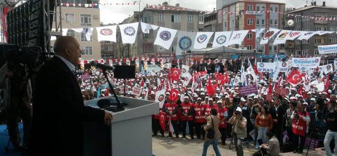 HAK-İŞ 1 MAYIS'I KAYSERİ'DE ÇOŞKUYLA KUTLADI