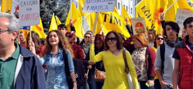 KAYSERİ'DE CHP VE KESK 1 MAYIS İŞÇİ BAYRAMINI KUTLADILAR
