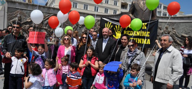 KAYSERİ'DE 'ANNE' AVUKATLAR, 'CİNSEL İSTİSMAR'I PROTESTO ETTİ