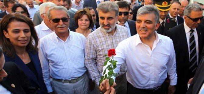 Cumhurbaşkanı Gül ve Bakan Yıldız Gürcistan'da