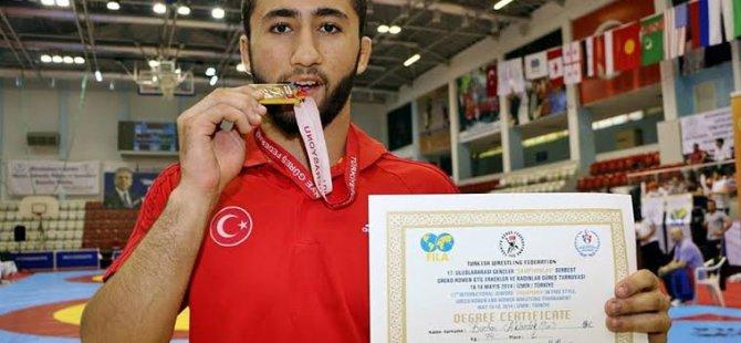 Kayseri Şeker Güreşçisi Türkiye'nin gururu oldu